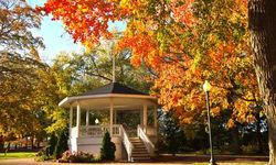 Chesterton Bandstand & Historic Business District