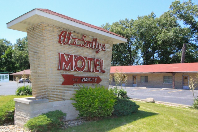 Al and Sally's Motel