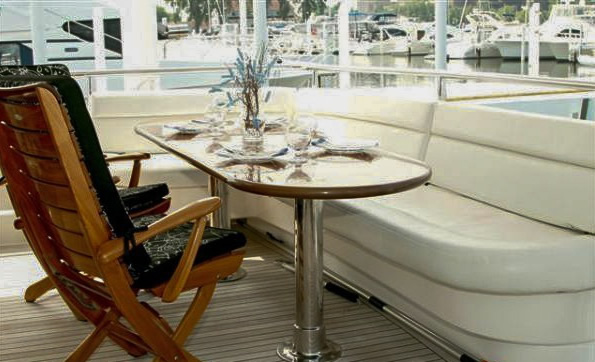 Hot Tomolly Luxury Yacht Charters